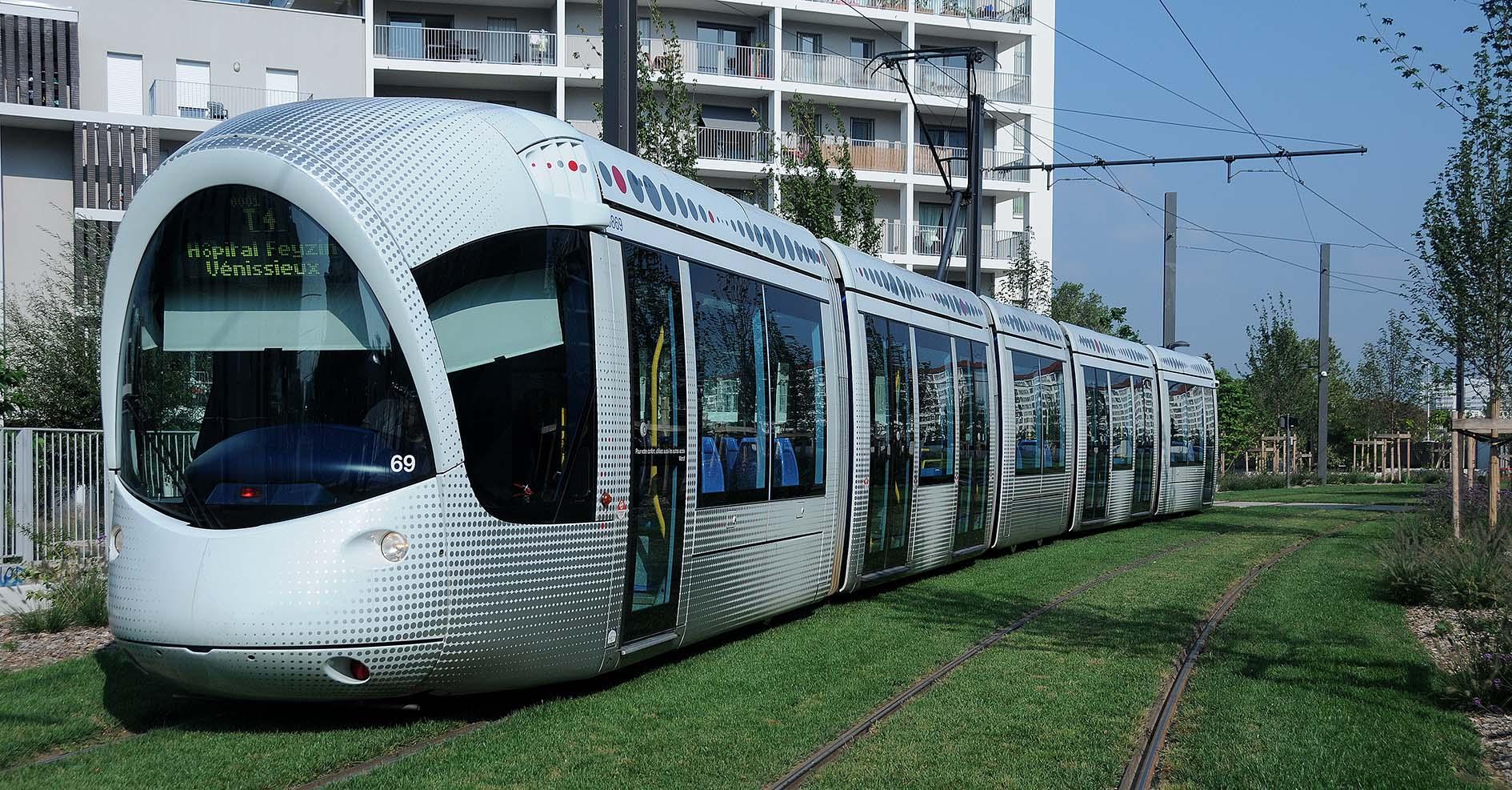Tramway T4 ©Godet_7025