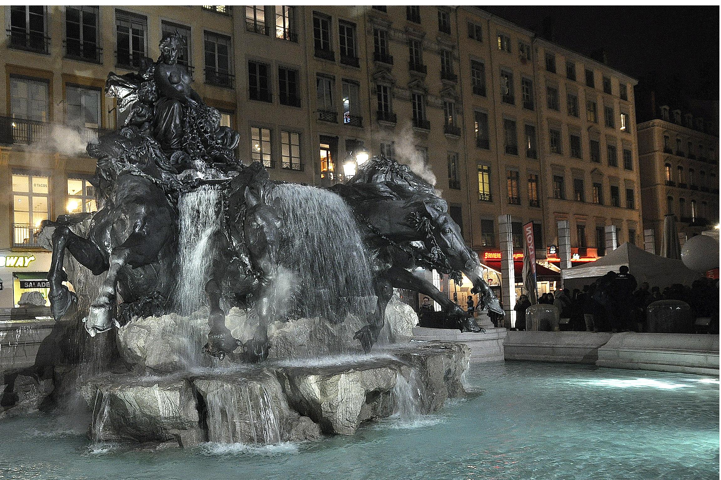 Fontaine Bartholdi Terreaux ©Godet_0415